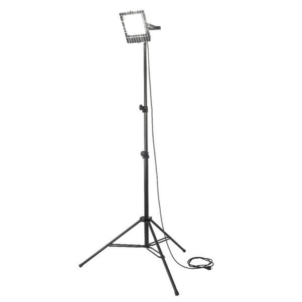 maszty-stojaki-oswietleniowe-LMx100R-on
