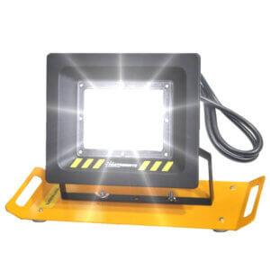 lampy-przenośne-LED-SMD-LS050A-on