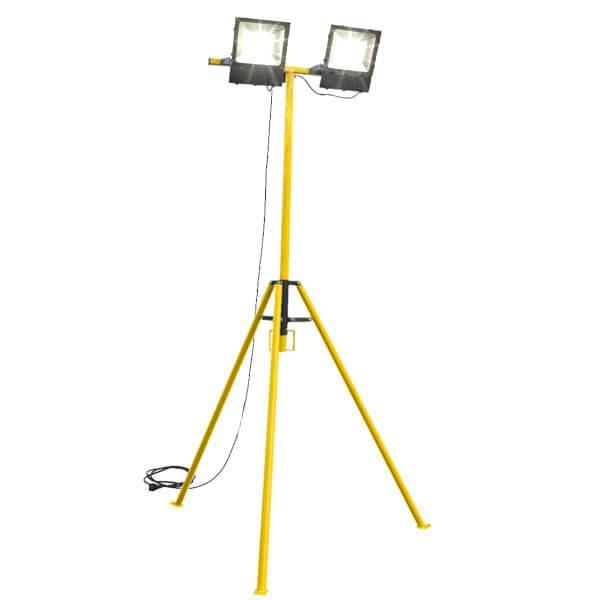 maszty-stojaki-oswietleniowe-LM2x150C-on