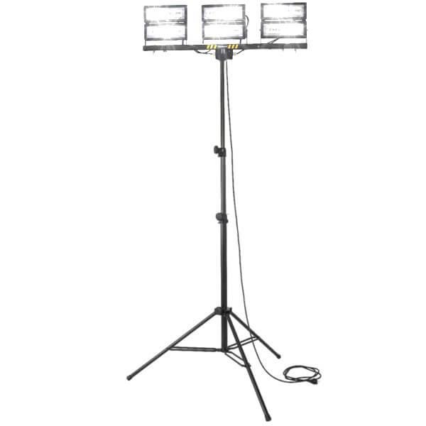 maszty-stojaki-oswietleniowe-LM3x100F-on