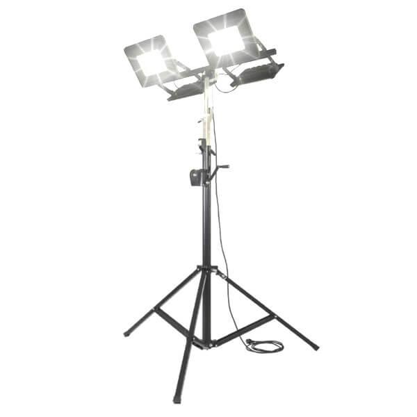 maszty-stojaki-oswietleniowe-LM4x100AW-on