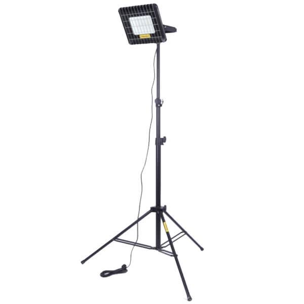 Maszt oświetleniowy LM100R