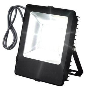naświetlacz-lampa-LED-SMD-LLS050AK-on